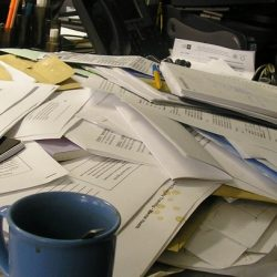 Messy desk makes it hard to achieve mindfulness
